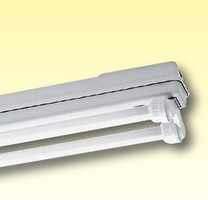 Светильники из полиэстера для влажных помещений без диффузора Серия 175…
